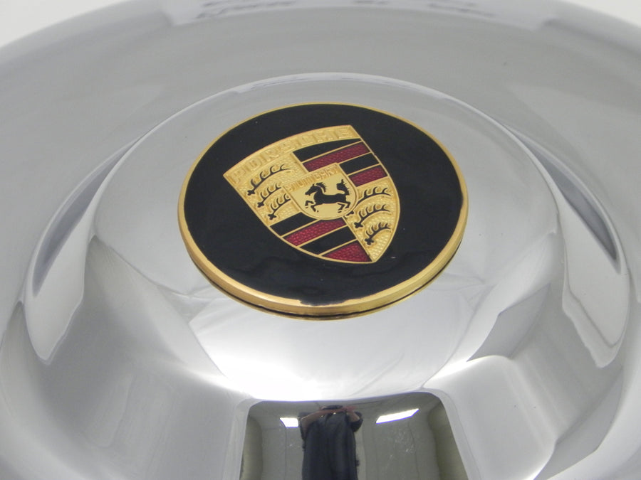(New) 356 A/B Concours-Quality Super Hubcap with Gold Enameled Crest - 1950-63