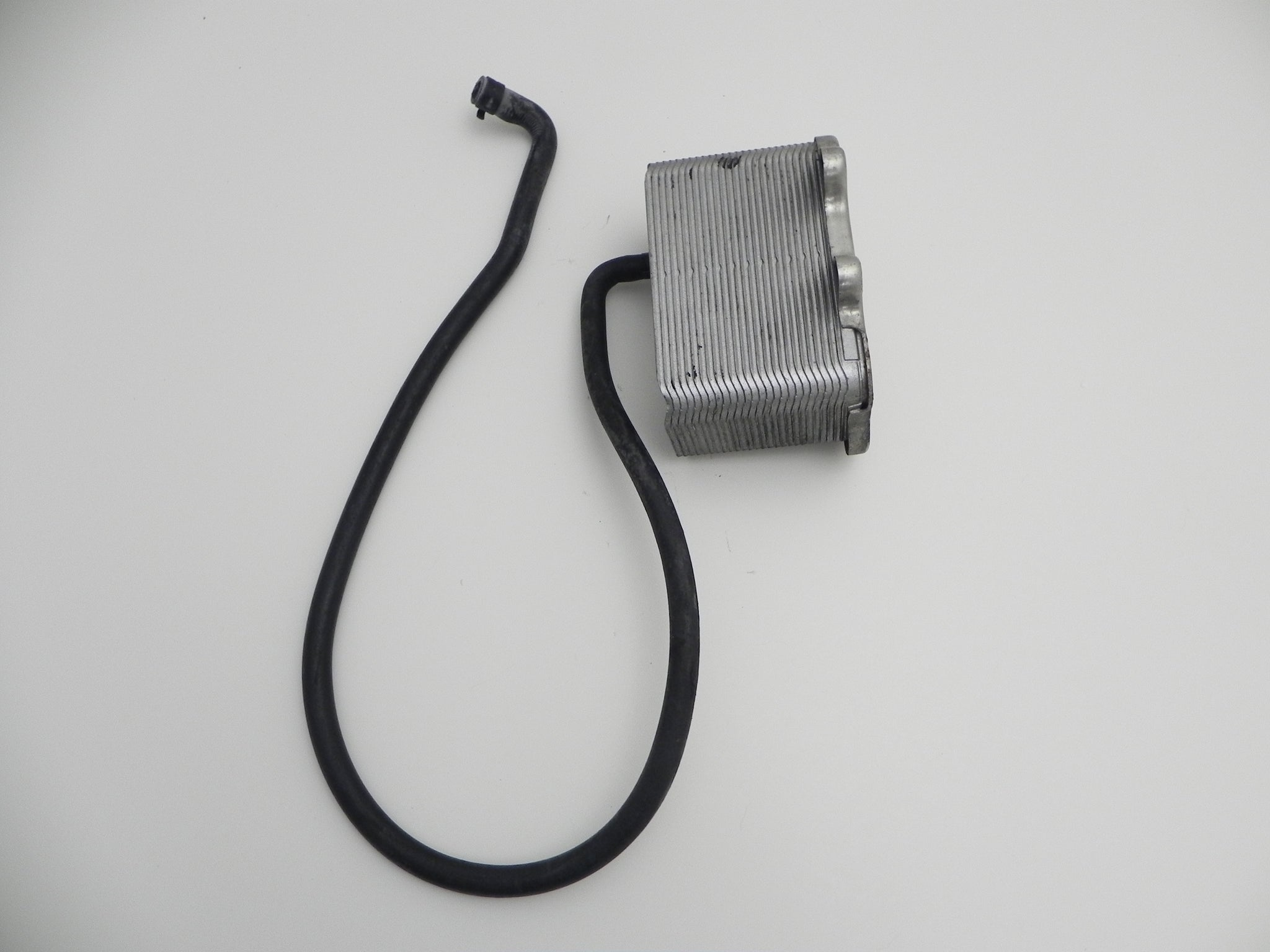 GENUINE PORSCHE TRICKLE CHARGER ADAPTOR 911 CAYMAN BOXSTER 944 964 993 996