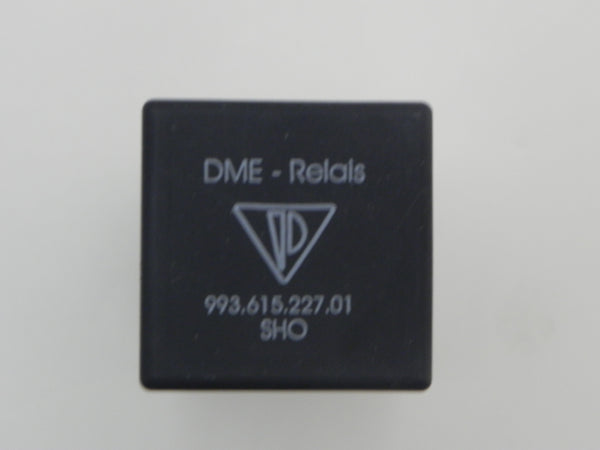 (New) 911/924/944 Fuel Pump DME Relay