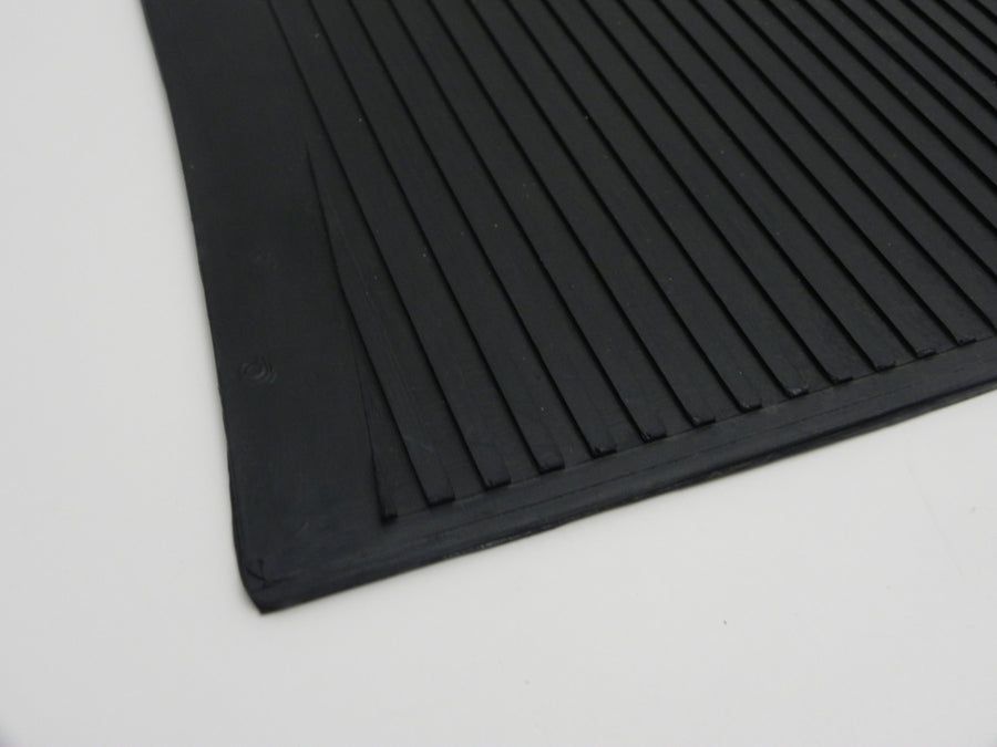 (New) 356 A/BT5 Front Rubber Luggage Mat - 1955-61
