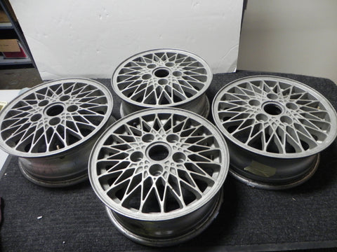 (Used) Set of Four Wheels 6j x 15