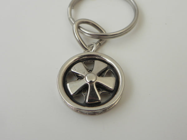 (New) Small Fuchs Wheel Keychain