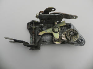 (Used) 911 Passenger's Side Door Lock Mechanism - 1972-73