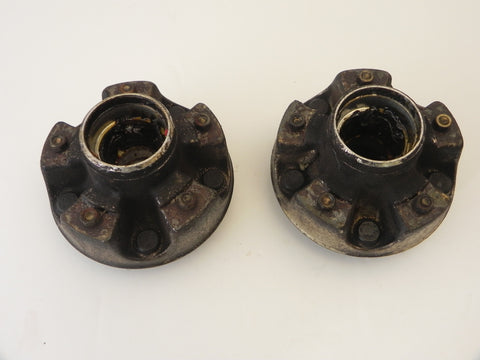 (Used) 911/912/914-6 Pair of Front Wheel Hubs - 1968-73