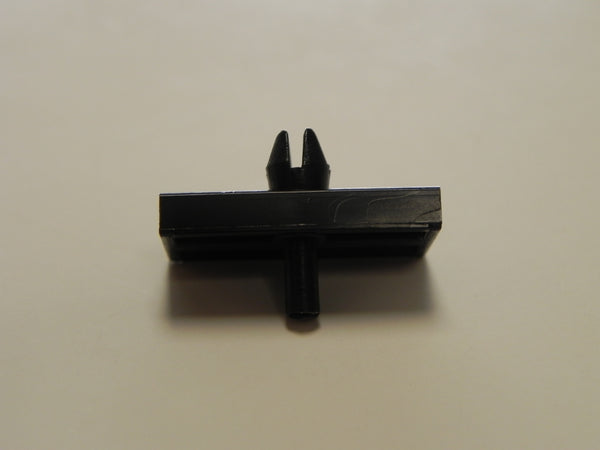 (New) 914 Windshield Trim Mounting Clip