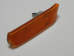 (Used) 996 Left Side Yellow Marker Light - 1994-2005