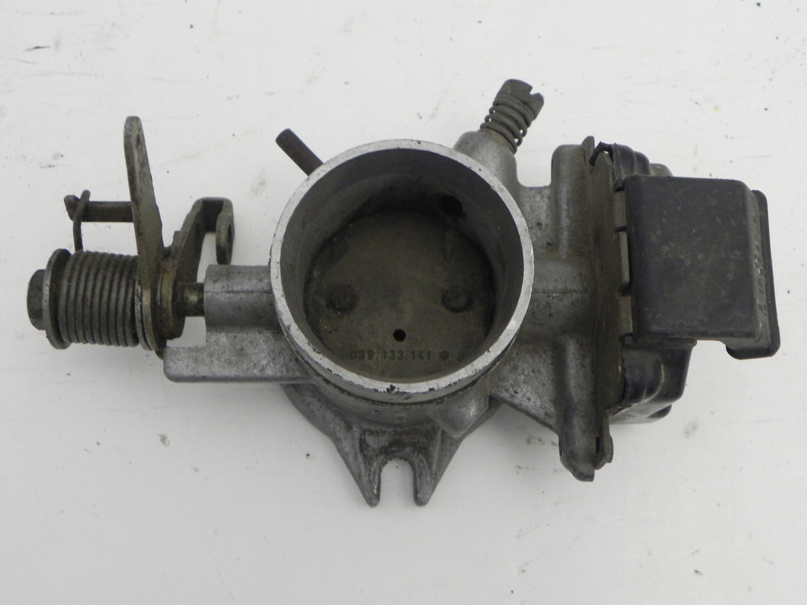 (Used) 914 2.0L Throttle Body 1973-76