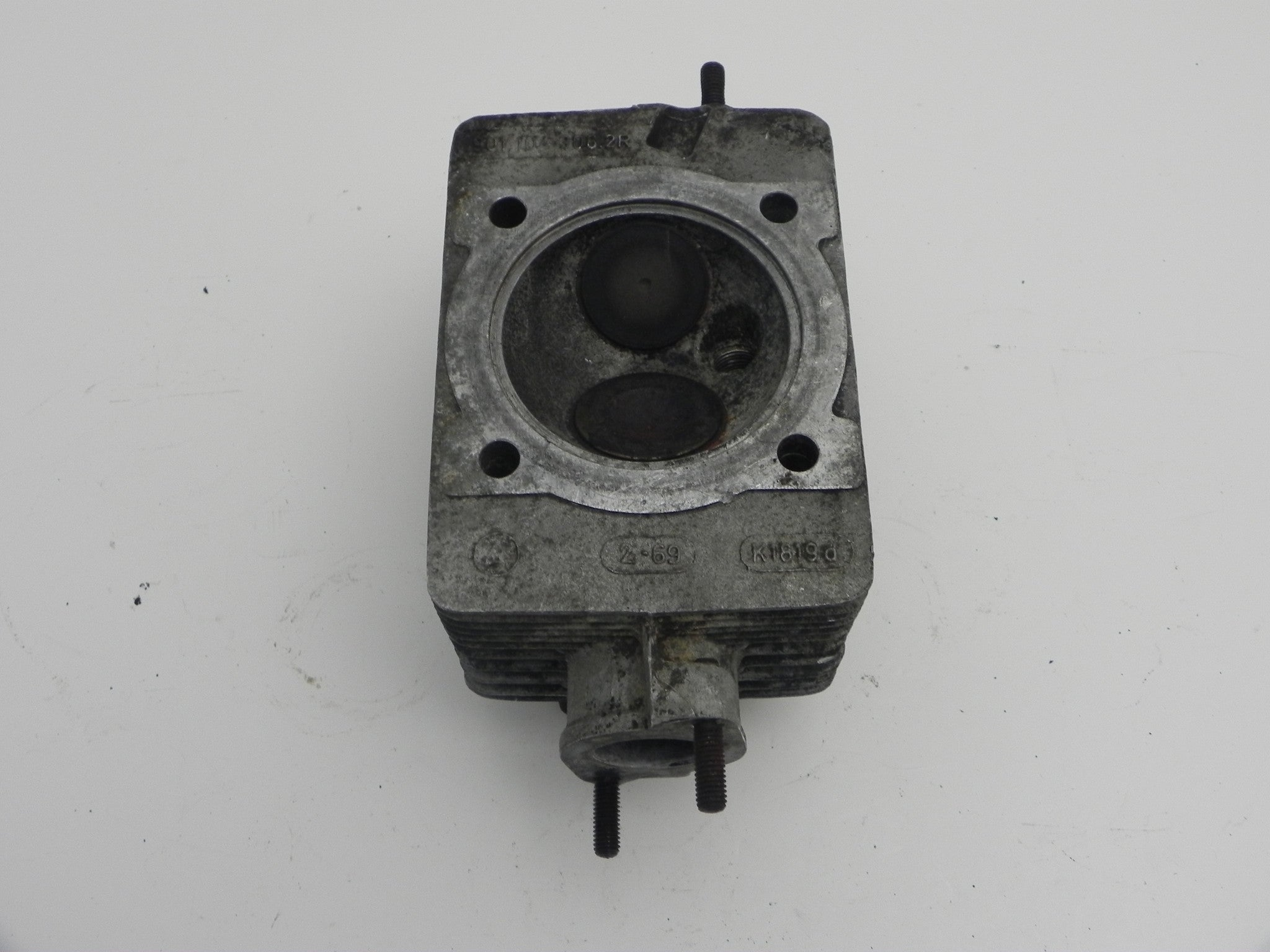 (Used) 911T 2 0L Cylinder Head - 1968-69