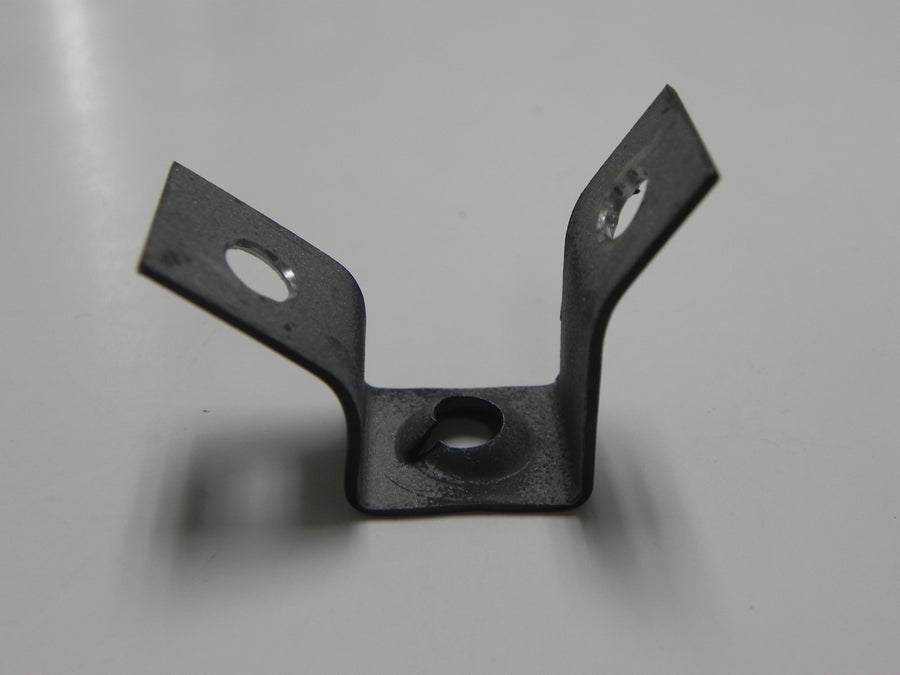 (New) 911 Gusset Plate for Oil Line Hold - 1970-89
