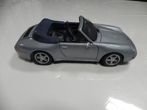 Maisto 1:18 911 -993 Cab Light Blue