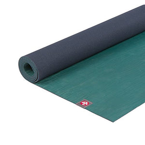 "Amazon.com : Manduka eKO Yoga and Pilates Mat, Sage, 5mm, 71"" : Sports & Outdoors"