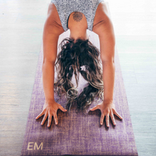 Load image into Gallery viewer, Purple sustainable, hemp and jute yoga mat
