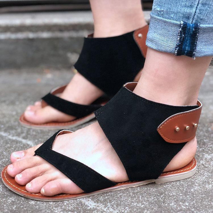 Fashion Roman Metal Rivets Clip Toe Sandals