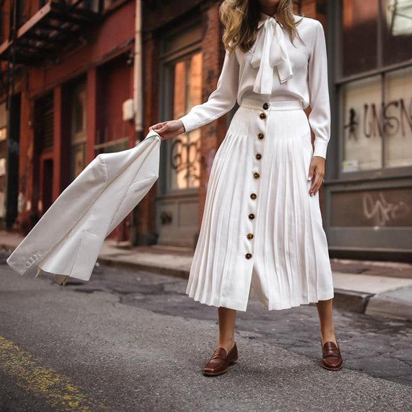 Elegant Pleated White Skirt Decorated With Buttons