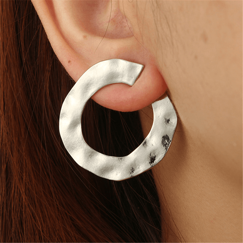 Fashion Corrugated Round Geometric Earrings