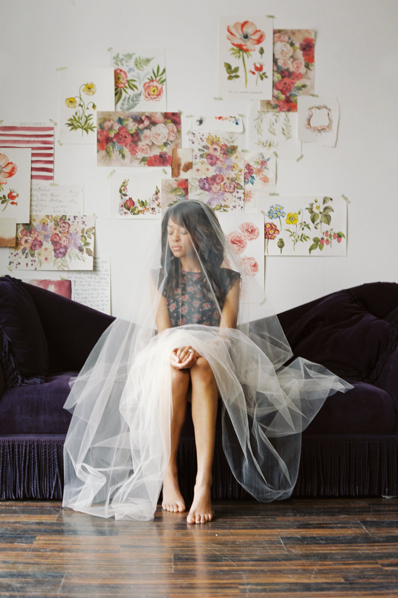 Sweet veil bridal boudoir photo shoot