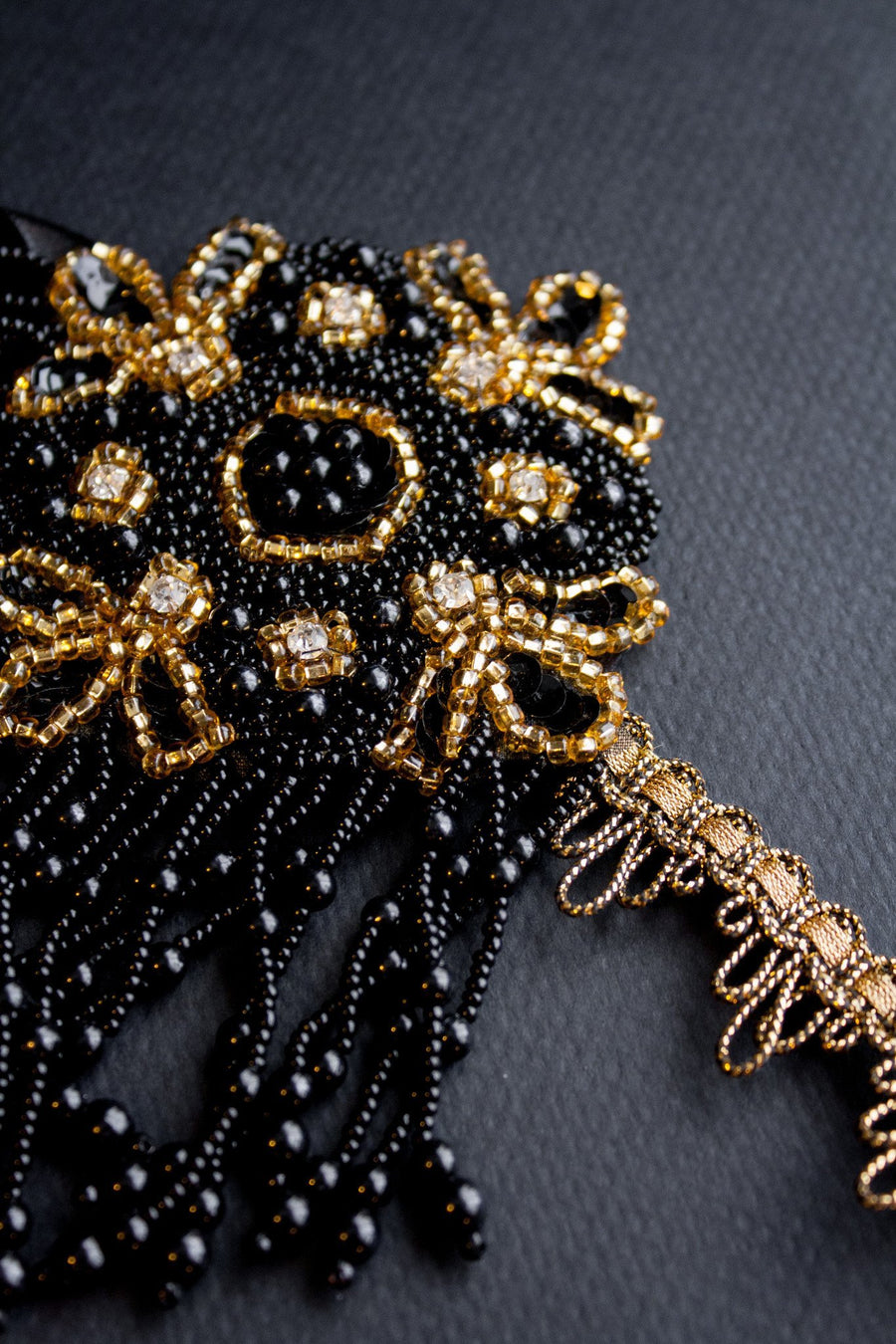 Black & Gold Charleston Flapper Headpiece - Style #454