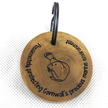 Load image into Gallery viewer, Wooden keyring