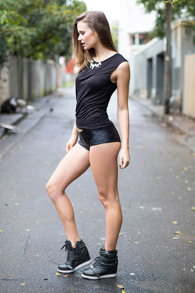 Which Is Hotter, Short Skirts Or Short Shorts On Girls - Bodybuildingcom Forums-5800