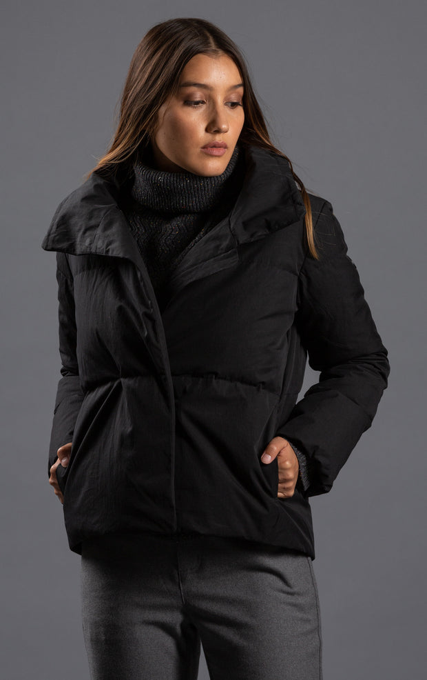 HIGH COLLAR DOWN JACKET