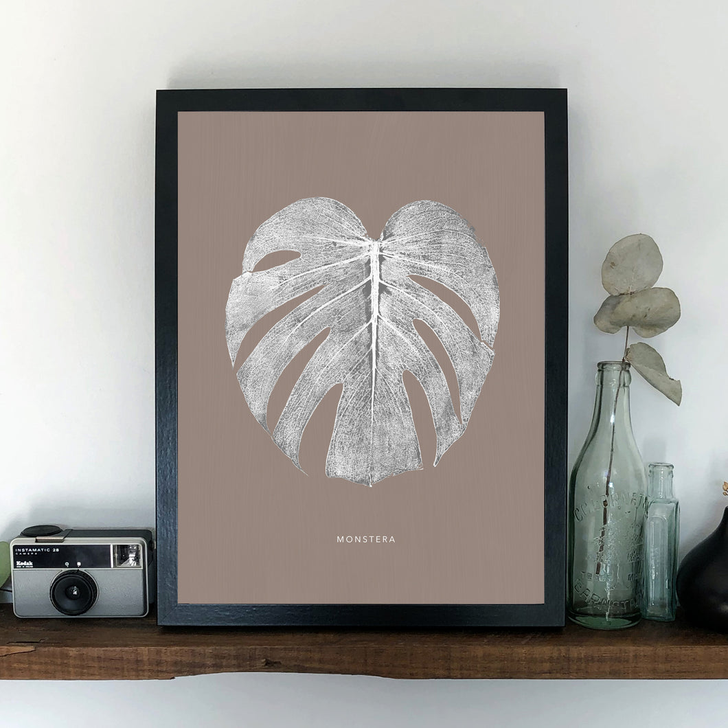 Monstera Leaf Print - White/Sand