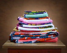 Load image into Gallery viewer, UJU - Small Ankara Towel