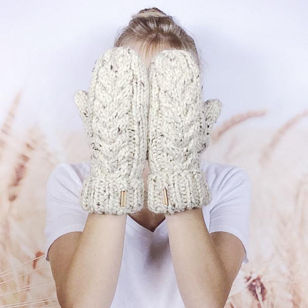Wheatfield Knitwear Mittens Knitted Winter Mittens for Women, Chunky Cable Knit Mittens in Oatmeal