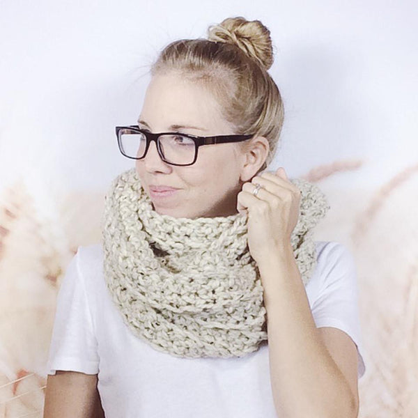 Wheatfield Knitwear Scarves Ladies Chunky Crocheted Cowl Loop Infinity Circle Scarf in Oatmeal