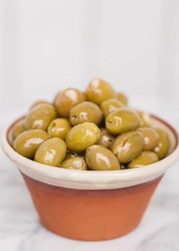 Silver & Green Garlic Stuffed Olives