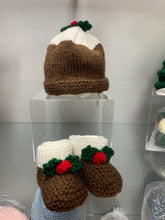Load image into Gallery viewer, Baby bobble hat and booties