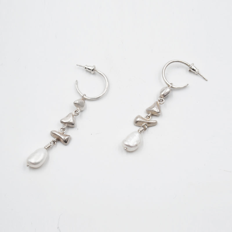 Heyday Pearl Earrings