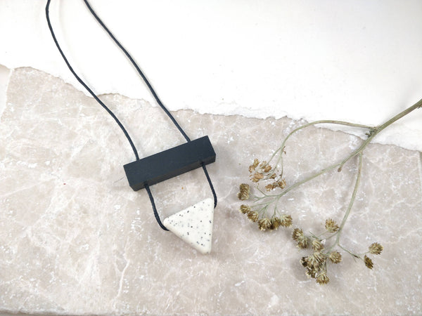 Baby Friendly Silicone Long Necklace - Granite Speckled, Black | 80s | New Mum Gift