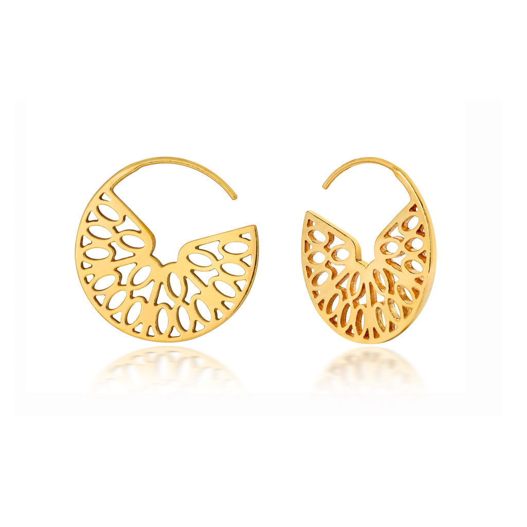 gold hoop earrings design based on an orange