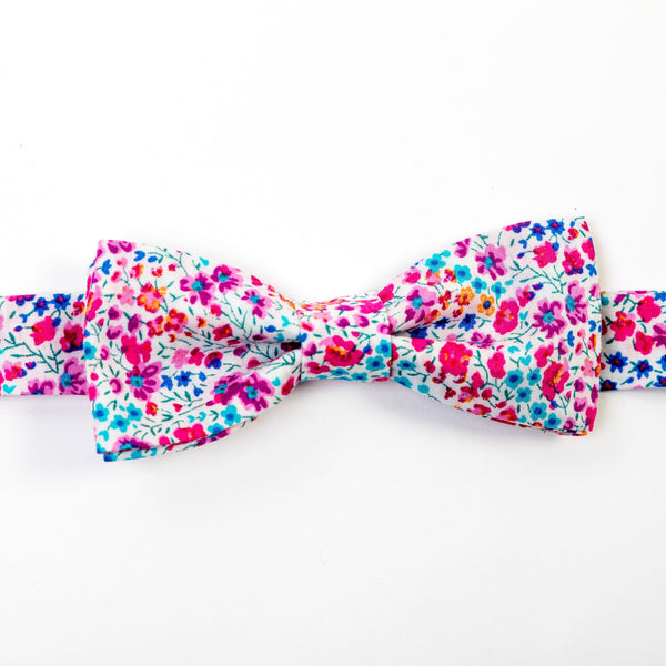 adult liberty print bow tie