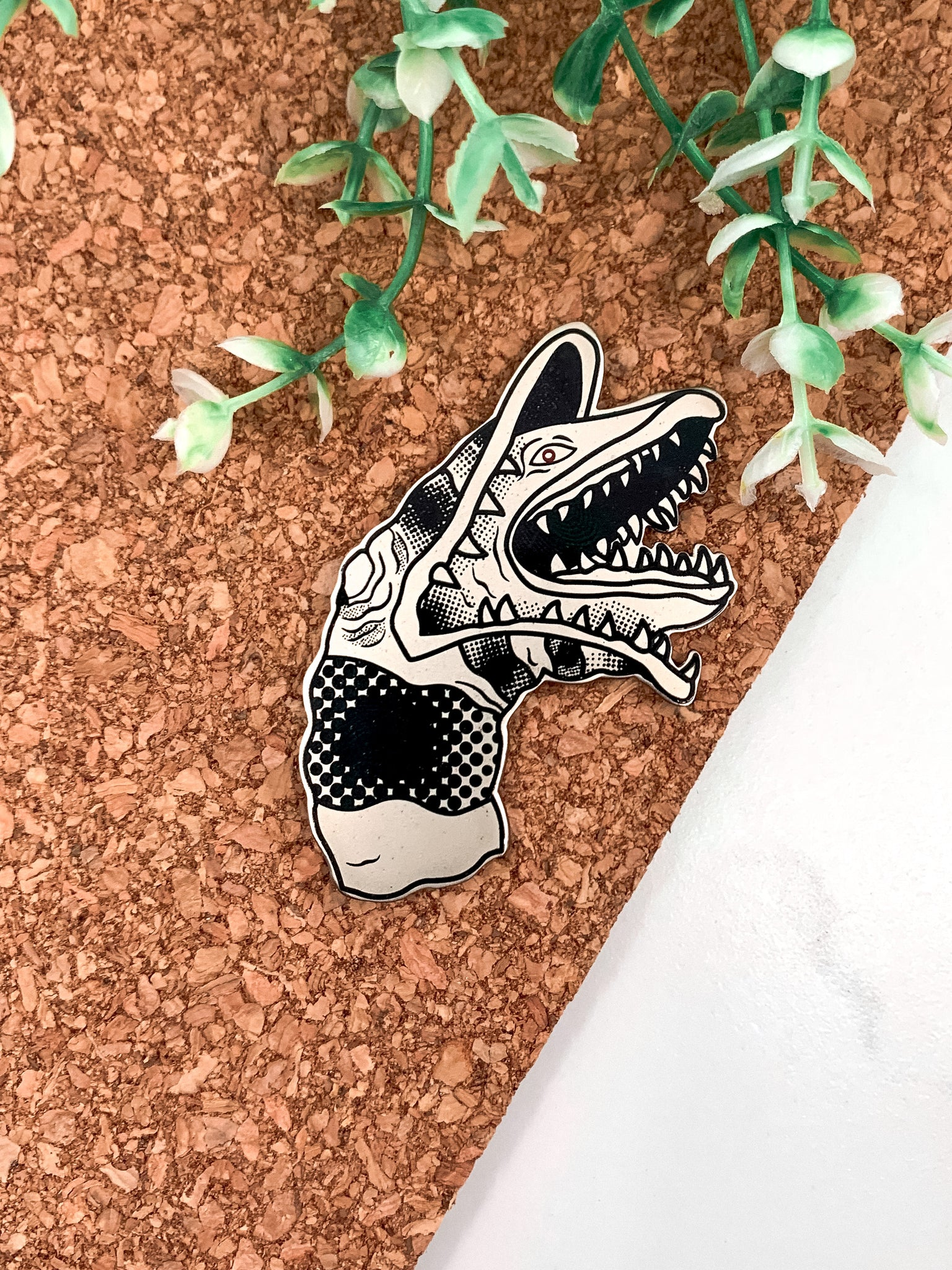 Sandworm Enamel Pin
