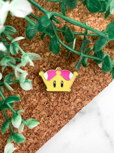 Super Crown Pin
