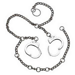 S&W 1800 Waist Chain, Hands at Hips