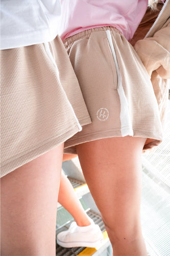 Doubles Shorts Cream | Harris and Hunter