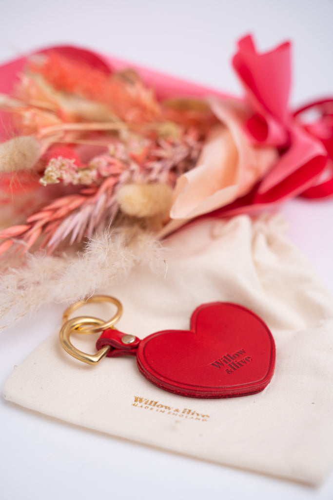 Love Struck - Everlasting Dried Flower Bouquet and Personalised Heart Keychain