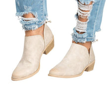 Butterfly-knot Chelsea Boots Slip-On Med High Heels Pointed Toe