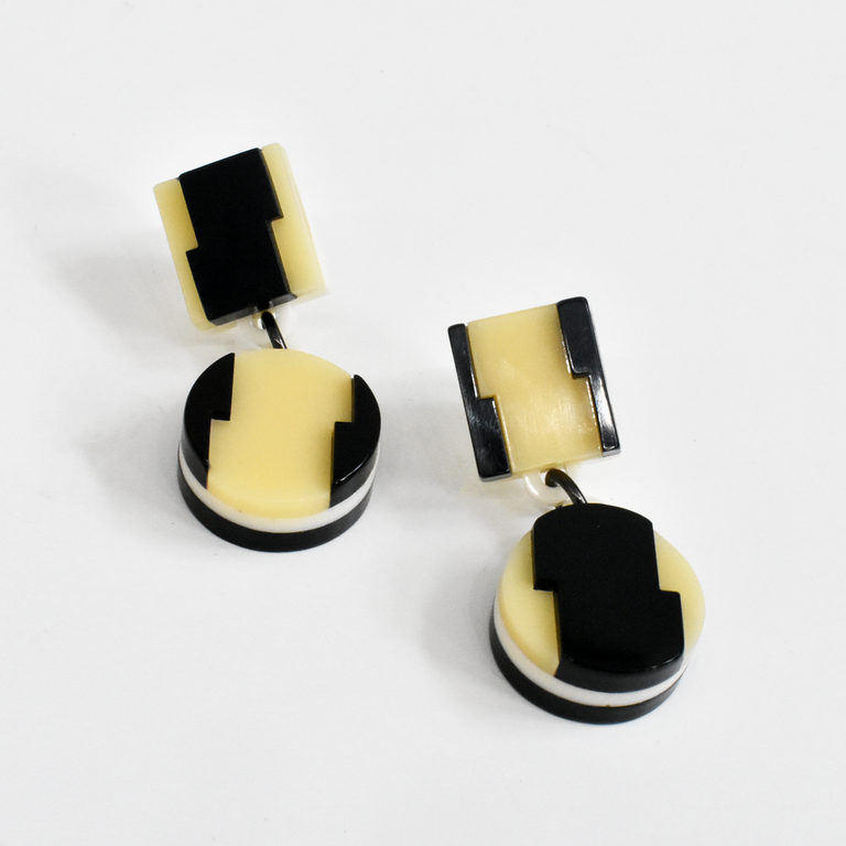 Aurora Honey Striped Earrings - Goldmakers Fine Jewelry