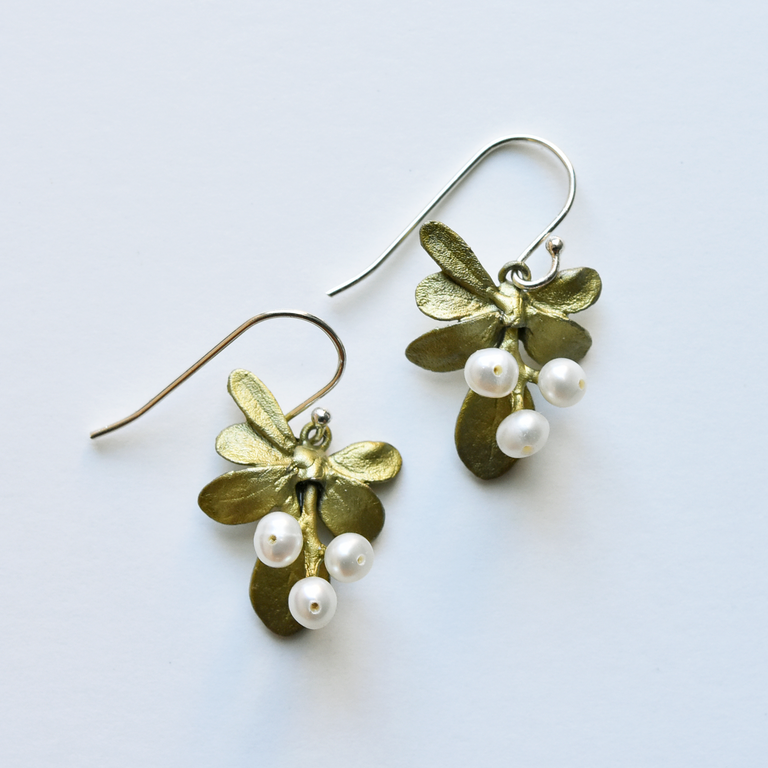 Barberry Drop Earrings - Goldmakers Fine Jewelry