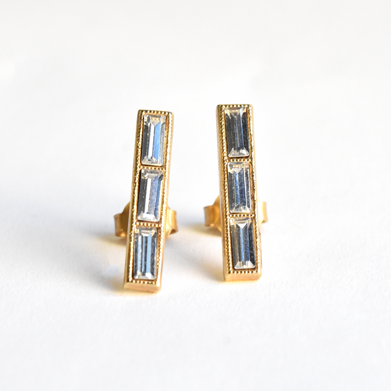 Triple Crystal Studs - Goldmakers Fine Jewelry