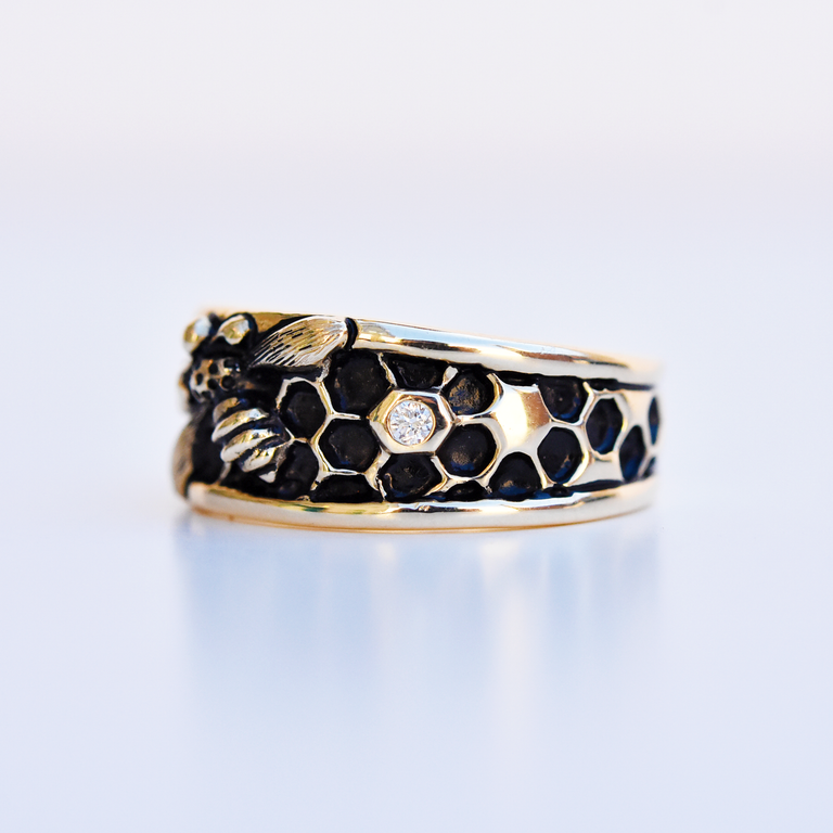 Honey Hive ring in Gold - Goldmakers Fine Jewelry