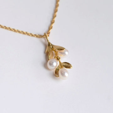 Boxwood Pearl Pendant Gold Vermeil Necklace - Goldmakers Fine Jewelry