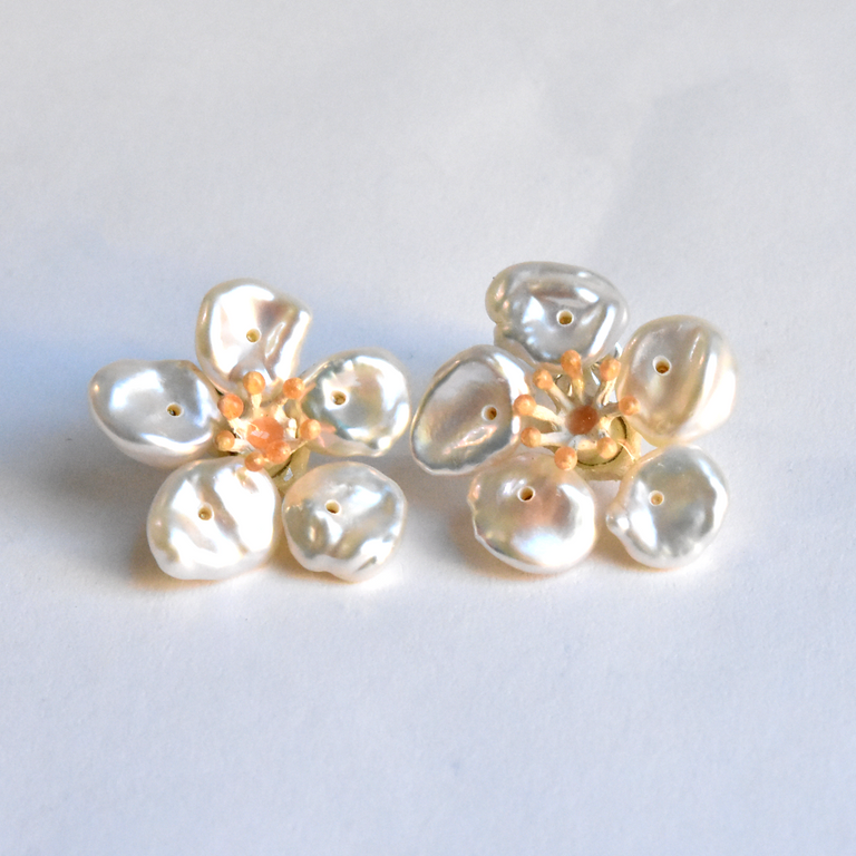 Cherry Blossom Post Earrings - Goldmakers Fine Jewelry