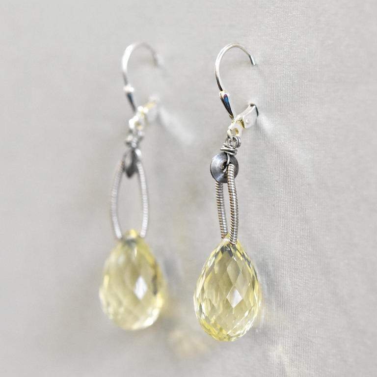 Citrine Wire Drop Earrings - Goldmakers Fine Jewelry