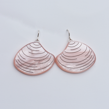 Clam Earrings in Rose - Goldmakers Fine Jewelry