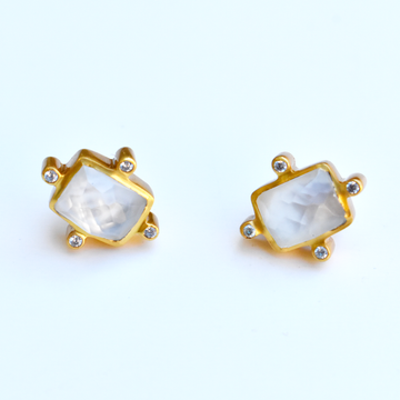 Clara Stud Earrings in Iridescent Clear Crystal - Goldmakers Fine Jewelry