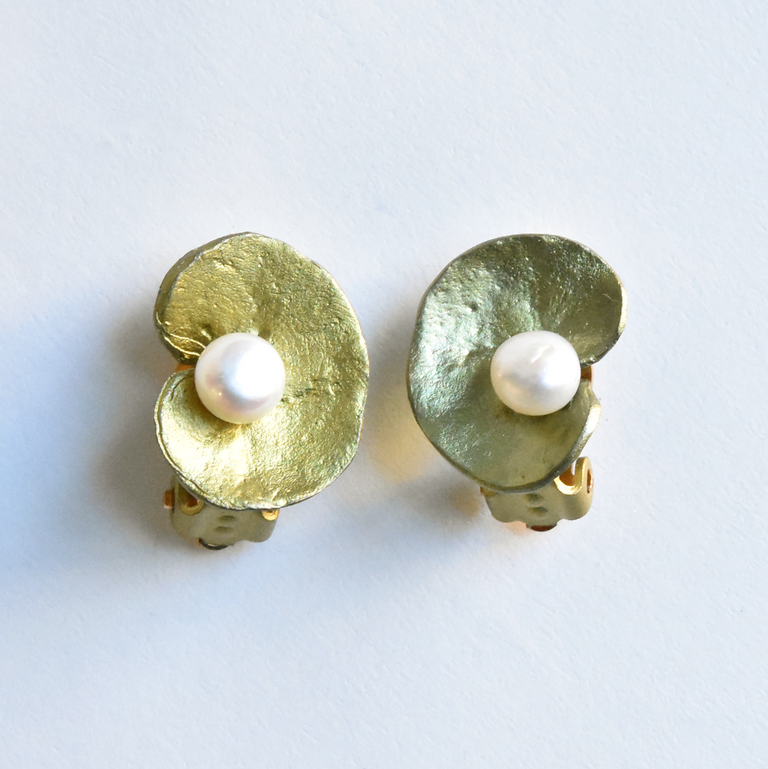 Geranium Studs - Goldmakers Fine Jewelry